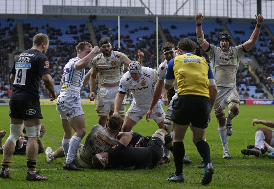 COVENTRY, ENGLAND - FEBRUARY 18: Exeter players celebrate after Luke Cowan-Dickie of Exeter Chiefs scores their first try during the Aviva Premiership match between Wasps and Exeter Chiefs at The Ricoh Arena on February 18, 2018 in Coventry, England. (Photo by Henry Browne/Getty Images)